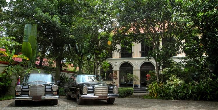 Exterior-Heritage-Suites-Hotel